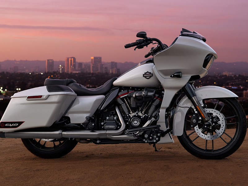 CVO-Road-Glide-product-image-1