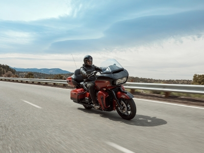 Road-Glide-Limited-product-image-1