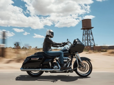 Road-Glide-product-image-1