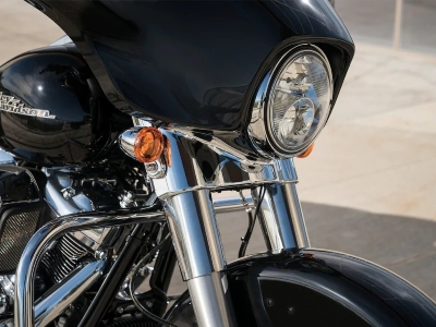 Street-Glide-product-image-1